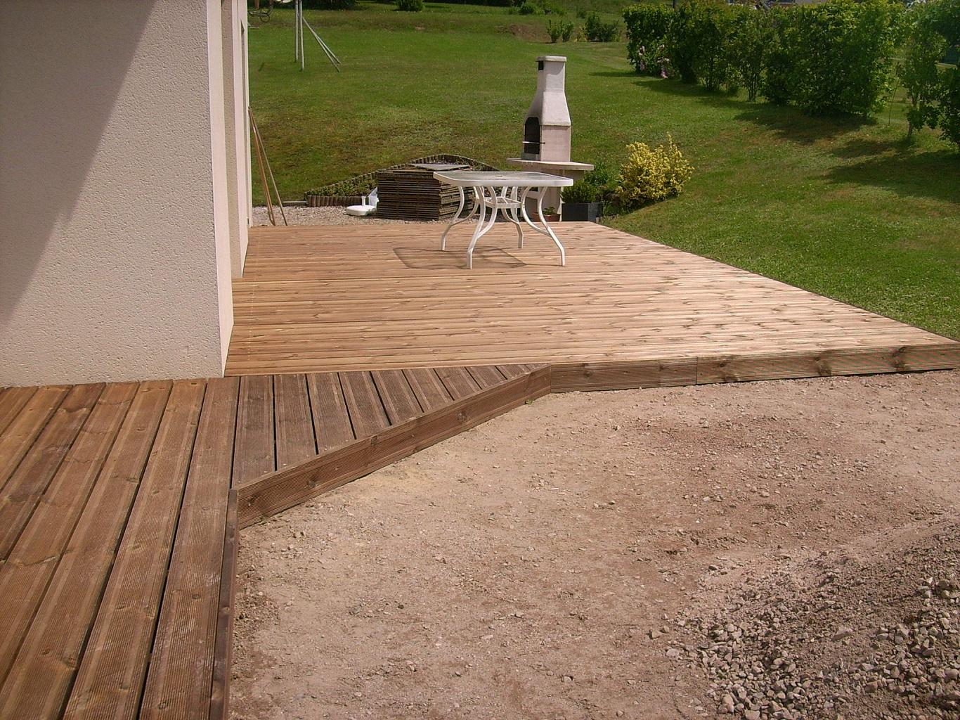 Terrasse en lames de bois